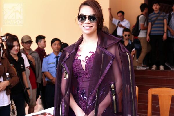 Bộ tứ quyền lực của X-Factor Việt đẹp lung linh ngày ghi hình đầu tiên - Tin sao Viet - Tin tuc sao Viet - Scandal sao Viet - Tin tuc cua Sao - Tin cua Sao