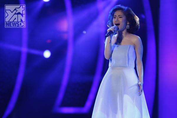 M-TP Sơn Tùng quậy tưng sân khấu Vietnam Idol