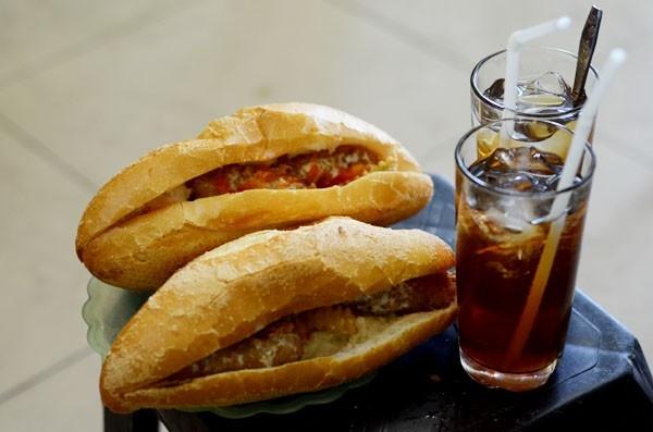3 món bánh mì không giống ai ở đất Hà thành