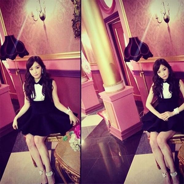"""Taeyeon của SNSD khoe những hình ảnh trong album Mr.Mr: """"# mrmr."""""""