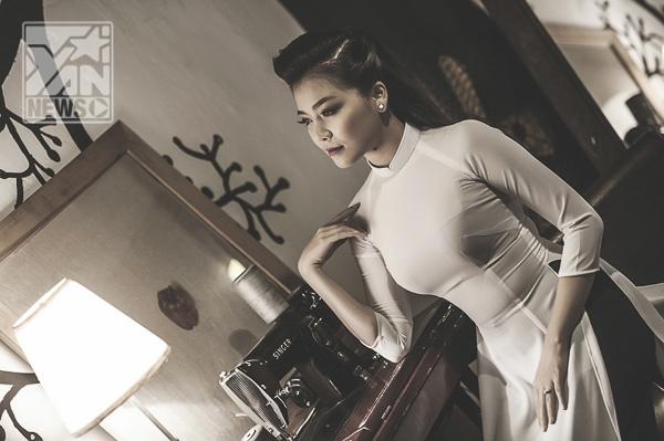 Thanh Ngọc (Mắt Ngọc) duyên dáng khoe sắc trong tà áo dài - Tin sao Viet - Tin tuc sao Viet - Scandal sao Viet - Tin tuc cua Sao - Tin cua Sao