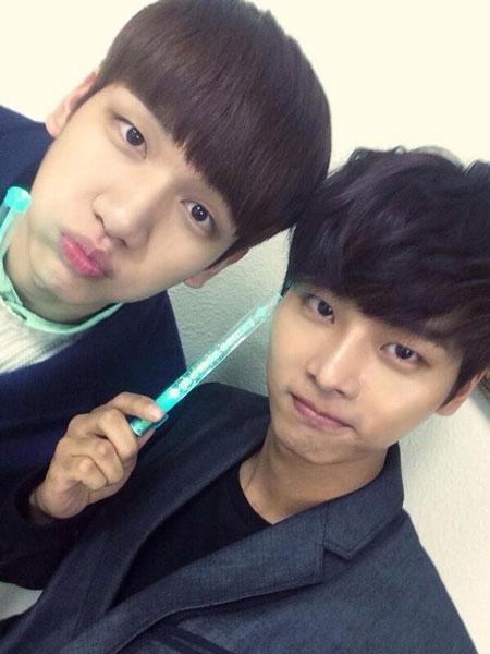 N (VIXX) đăng tải hình ảnh khi anh đến xem concert của SHINee