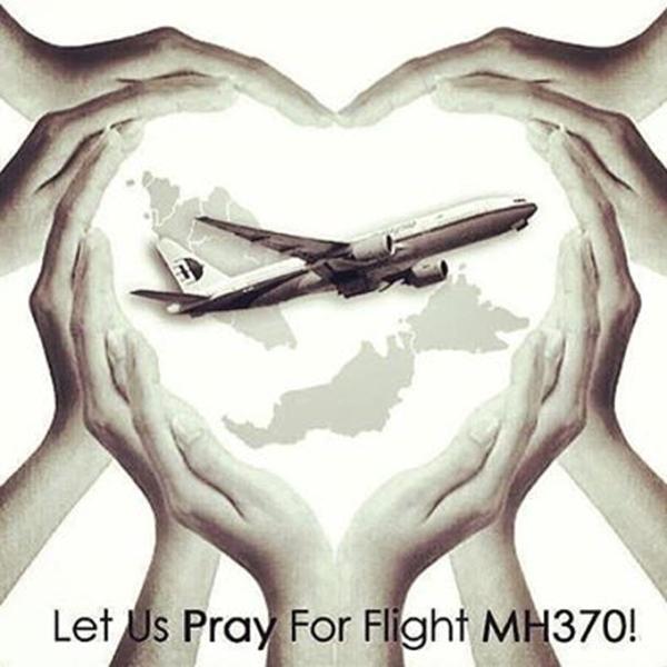 """Bức ảnh """"Hãy cùng cầu nguyện cho MH370"""" - Ảnh: Facebook"""