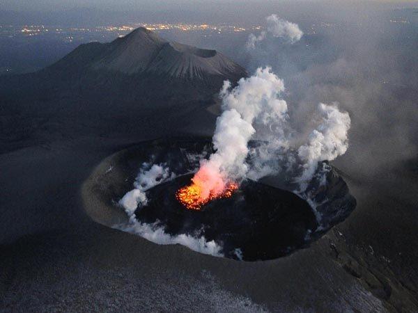 Ấn tượng những vẻ đẹp tuyệt vời của các ngọn núi lửa