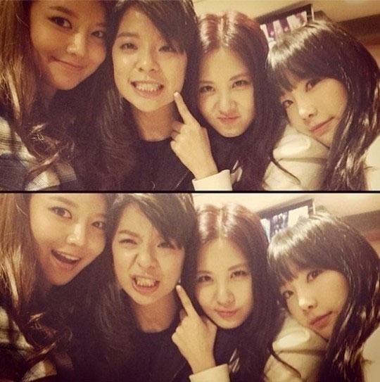 """Sooyoung đăng tải hình SNSD nhắng nhít bên Amber với lời nhắn: """"Cám ơn em rất nhiều, Amber. Đàn em dễ thương"""""""