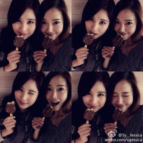 Jessica đăng tải hình ăn kem cùng Seohyun cực đáng yêu