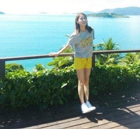"""Park Gyuri (Kara) khoe hình vào ngày 1/4 với nội dung: """"Một món quà từ Gyuri, người đang ở Brazil"""""""