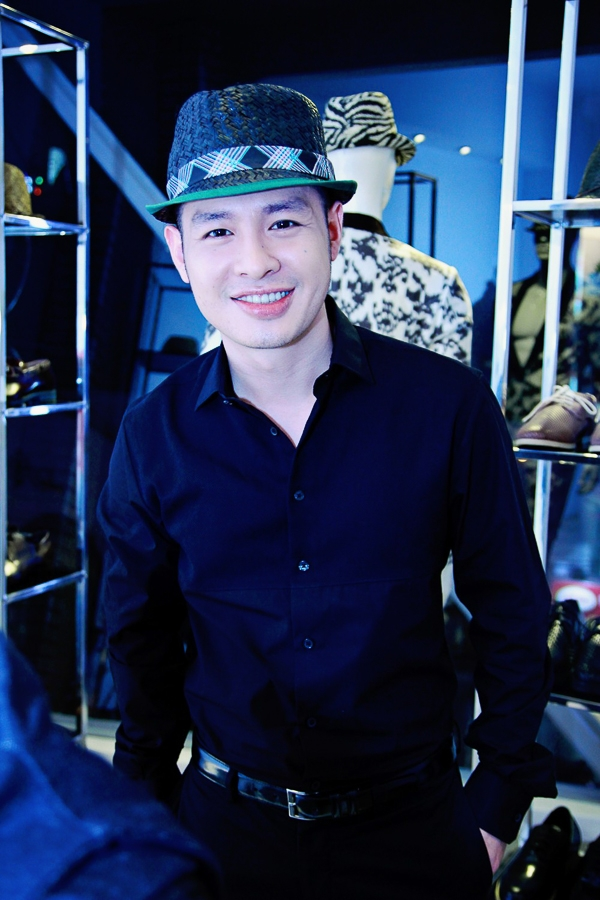 """Dàn mỹ nam showbiz Việt """"tấp nập"""" đến chia vui cùng NTK Công Trí - Tin sao Viet - Tin tuc sao Viet - Scandal sao Viet - Tin tuc cua Sao - Tin cua Sao"""