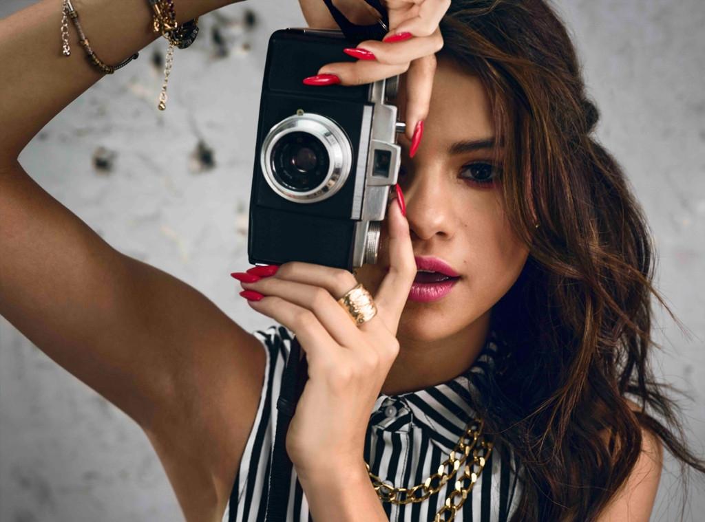 Selena Gomez đẹp và chất với bộ sưu tập của mình