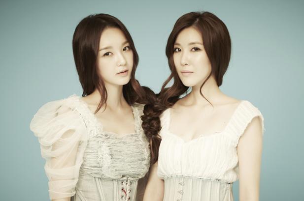 Hai cô nàng xinh đẹp trong nhóm Davichi cũng từng chia sẻ rằng tửu lượng của họ thuộc dạng kha khá.
