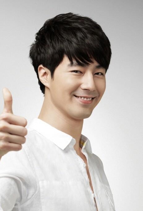 Sao Hàn nào là anh trai mẫu mực nhất?