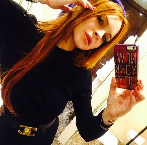 Lindsay Lohan ghi điểm nhiều hơn trong mắt fan với hình tượng trẻ trung và kín đáo như thế này.