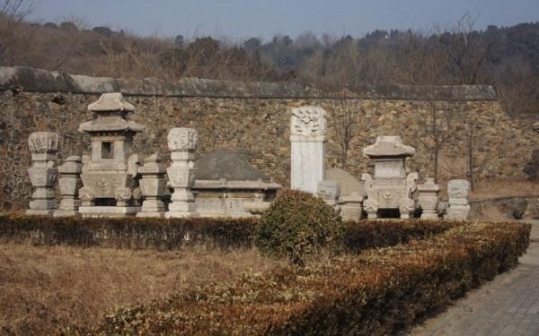 Các địa danh du lịch kỳ lạ nhất của Trung Quốc