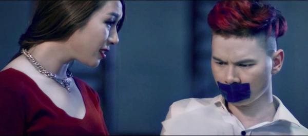 Hoàng Tôn bị gái lạ bắt cóc hành hạ vì... tình tay ba