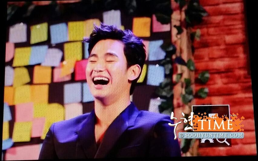 Kim Soo Hyun cười thả ga trong buổi họp mặt fan tại Jarkata