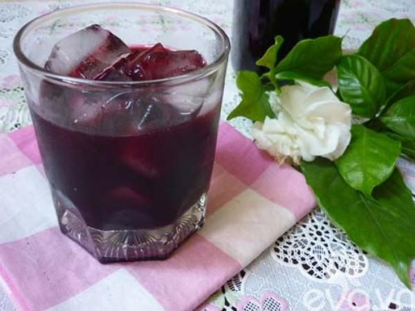 Giải khát cực đã với nước trái cây ngâm