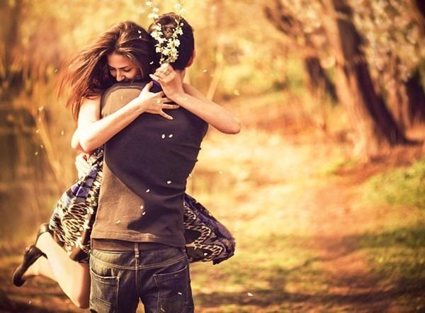 Khi yêu say đắm, tim sẽ cùng nhịp đập nếu nhìn vào mắt nhau... 3 phút