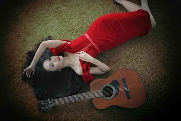 Minh Thư yêu kiều khoe sắc với đầm đỏ công chúa - Tin sao Viet - Tin tuc sao Viet - Scandal sao Viet - Tin tuc cua Sao - Tin cua Sao