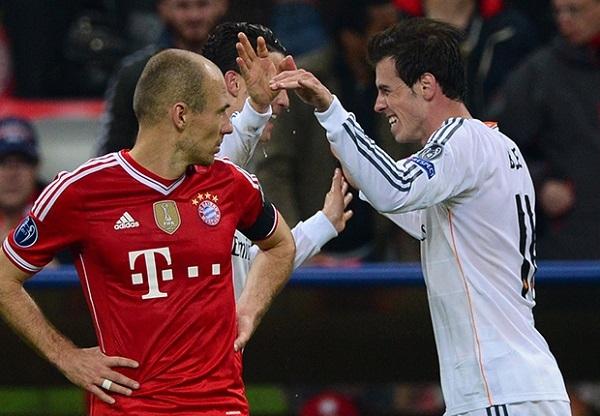 Robben, nguời hùng của Bayern mùa trước, lặng lẽ nhìn đội bóng cũ tiến vào chung kết.