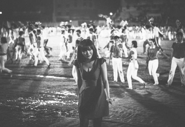 """Văn Mai Hương gây """"bùng nổ"""" sân vận động - Tin sao Viet - Tin tuc sao Viet - Scandal sao Viet - Tin tuc cua Sao - Tin cua Sao"""