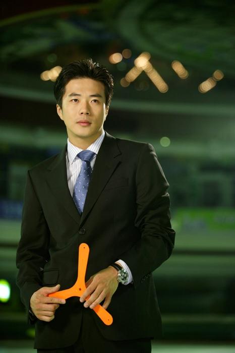 Nét u buồn của Kwon Sang Woo đã lấy không ít nước mắt của khán giả