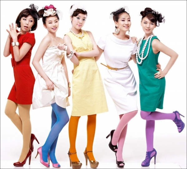 7.  WONDER GIRLS