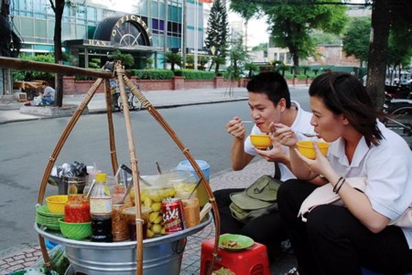 Nếu bạn còn trẻ hãy thử ngay 12 điều sau khi ở Sài Gòn