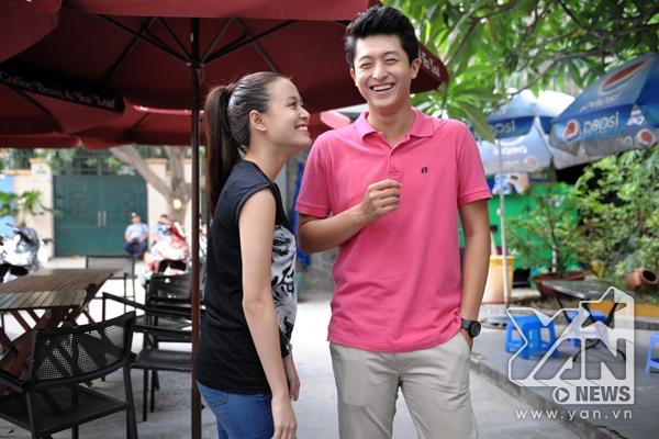Hoàng Thùy Linh xách tai Harry Lu đến YAN Chat
