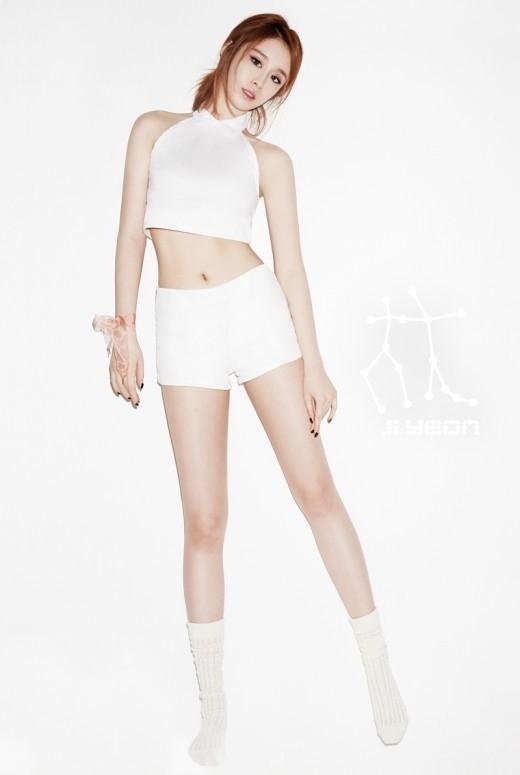 Hình ảnh teaser mới nhất của Jiyeon với đôi chân dài miên man