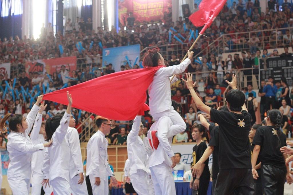 Cập nhật nóng Chung kết VUG - ĐH Hồng Bàng toàn thắng