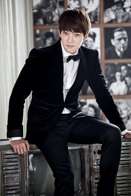 Choi Jin Hyuk từng chia sẻ anh muốn thực hiện một số sản phẩm trước khi nhập ngũ. Hiện nay anh đang cân nhắc để tham gia vào dự án phim phiên bản làm lại của Fated To Love You. Nếu như được chọn, anh cũng sẽ tranh thủ hết mức có thể và lên kế hoạch nhập ngũ trong năm nay. Được biết, anh đã được nhận vào đơn vị của cơ quản cảnh sát quốc gia Seoul.