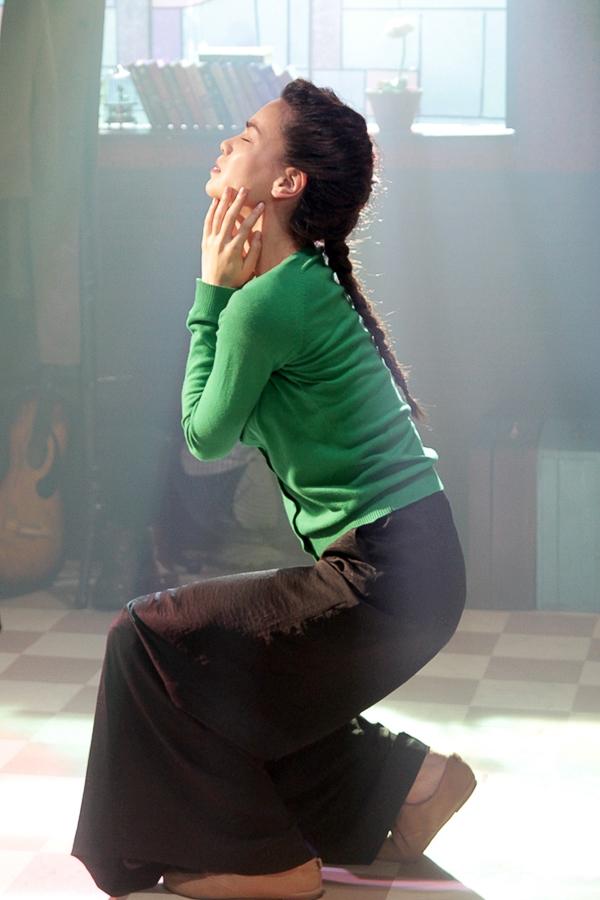 """[Starbuzz] Hồ Ngọc Hà bật mí hậu trường thú vị MV """"Mối tình xưa"""" - Tin sao Viet - Tin tuc sao Viet - Scandal sao Viet - Tin tuc cua Sao - Tin cua Sao"""
