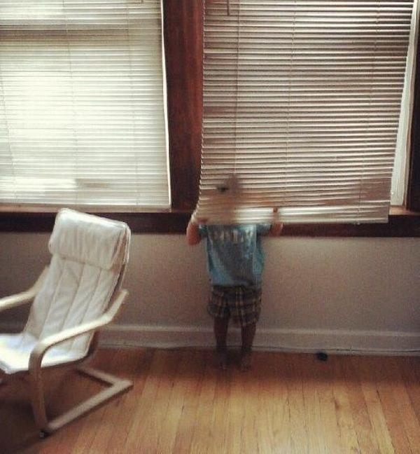 """""""Biến hình sau tấm màn cửa thế này sẽ chẳng ai thấy cả"""""""