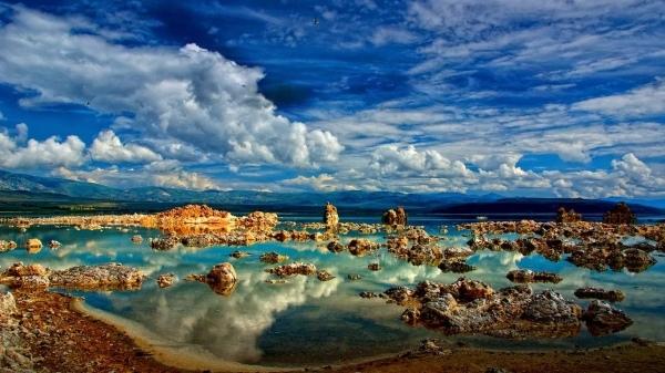 Hồ Mono thuộc California - Mỹ