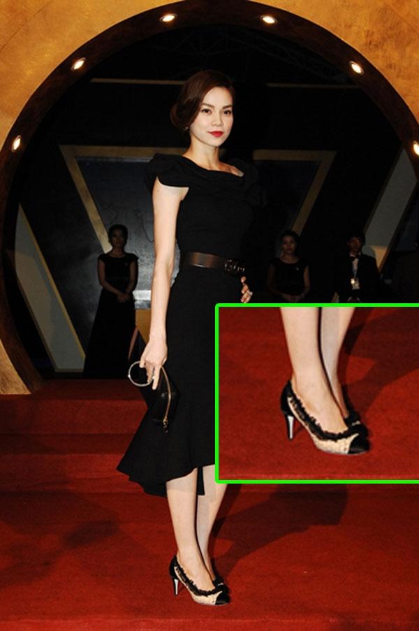 [STARBUZZ] Top 3 phụ kiện làm nên phong cách thời trang cho Hồ Ngọc Hà