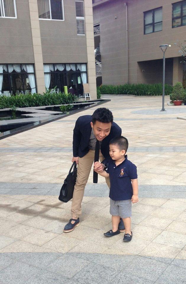 Trấn Thành rất thân thiết và yêu thương bé Nam Phong
