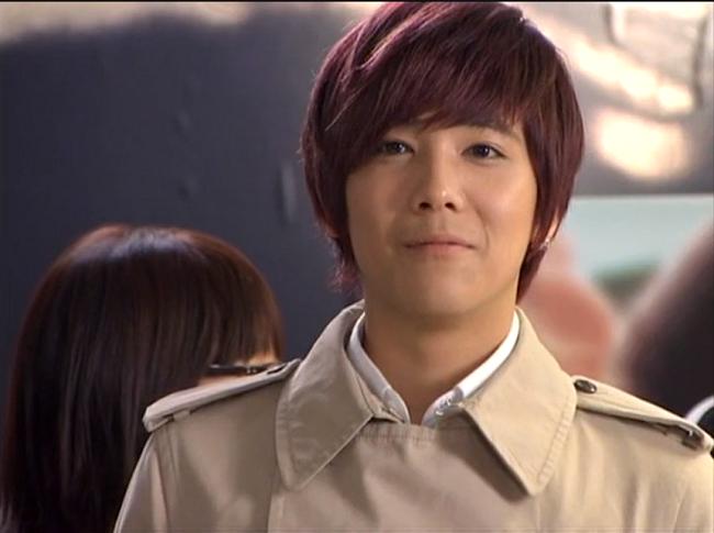 Uee, Park Shin Hye và Lee Hong Kixuất hiện trong tập 5,6 và 16 của bộ phimMy Girlfriend Is a Gumiho