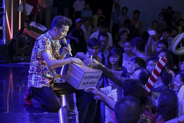 Đàm Vĩnh Hưng kêu gọi quyên góp trực tiếp ủng hộ chiến sĩ biển đảo - Tin sao Viet - Tin tuc sao Viet - Scandal sao Viet - Tin tuc cua Sao - Tin cua Sao