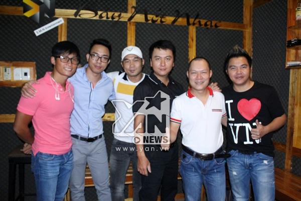 Sáng tác mới của nhạc sĩ Nguyễn Hồng Thuận được đồng nghiệp ủng hộ