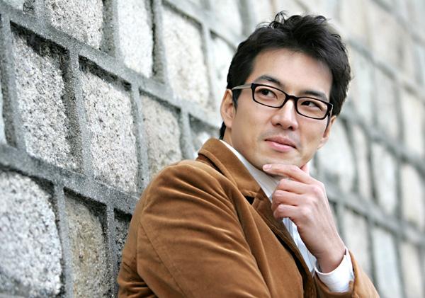 Nam diễn viên Song Il Gook từng chia sẻ anh rất thích ăn chay và đó cũng là niềm đam mê trong ăn uống của anh.