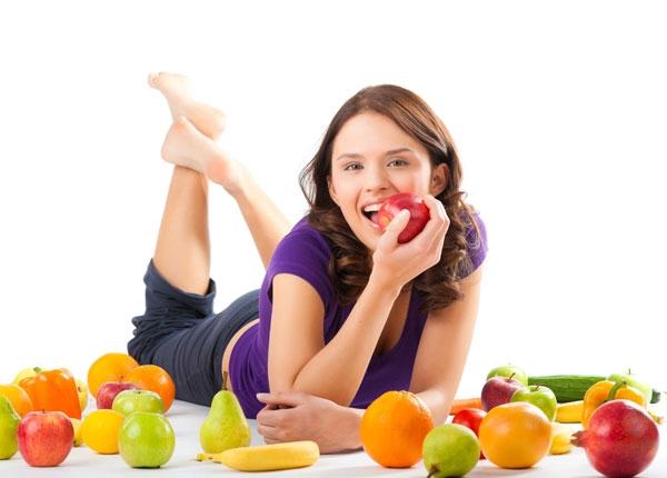 [Sống khỏe] 5 điều bạn không nên làm ngay sau bữa ăn