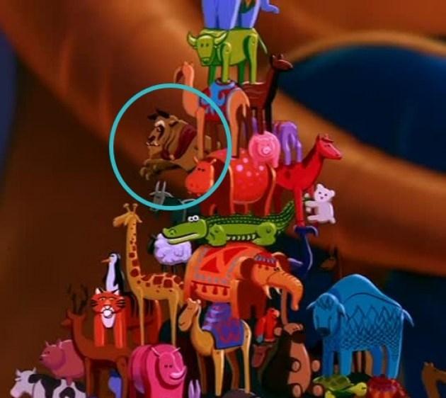 """7 cảnh các nhân vật Disney """"đến thăm nhau"""" ít ai nhận ra"""