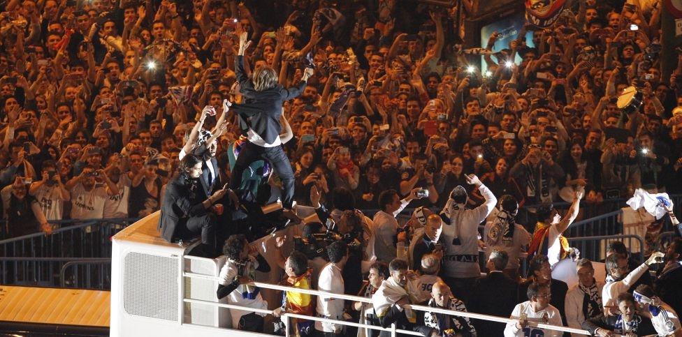 Nó được chào đón trong sự cuồng nhiệt của các Madridista