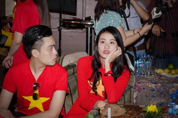 300 nghệ sĩ Việt hát Quốc ca cùng với 1.300 khán giả - Tin sao Viet - Tin tuc sao Viet - Scandal sao Viet - Tin tuc cua Sao - Tin cua Sao