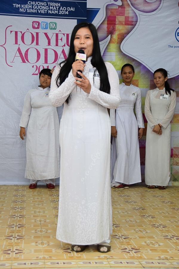Ngắm vẻ dẹp áo dài nữ sinh Long Xuyên, Vĩnh Long