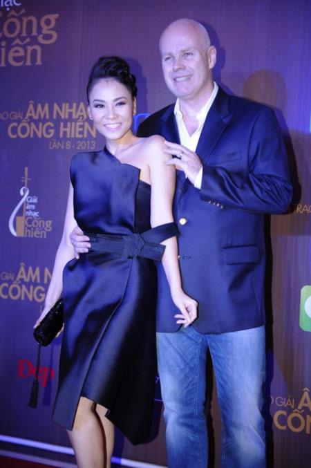 Tứ đại mỹ nhân không ỷ thế chồng giàu của showbiz Việt - Tin sao Viet - Tin tuc sao Viet - Scandal sao Viet - Tin tuc cua Sao - Tin cua Sao