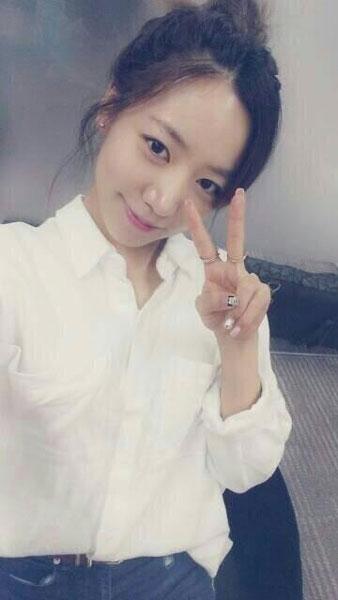 A Pink đã đăng tải một tấm hình dễ thương của Namjoo