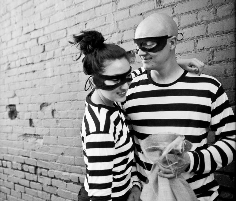 Thích thú với bộ ảnh cưới Tòng phạm siêu sáng tạo