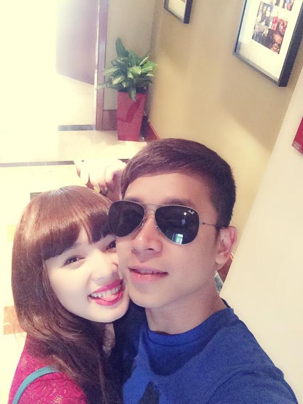 """Lê Hoàng (The Men) """"du hí"""" Singapore cùng bạn gái hot girl - Tin sao Viet - Tin tuc sao Viet - Scandal sao Viet - Tin tuc cua Sao - Tin cua Sao"""