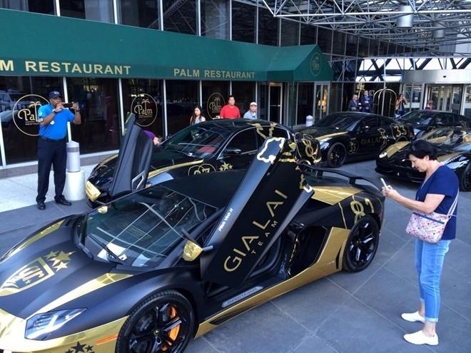 Dàn siêu xe của các thành viên người Việt trong nhóm Gia Lai Team vừa có cuộc hội tụ tại một thành phố ở Mỹ, khi tham gia hành trình Goldrush Rally GR6 2014 diễn ra từ 31/5 đến 7/6.